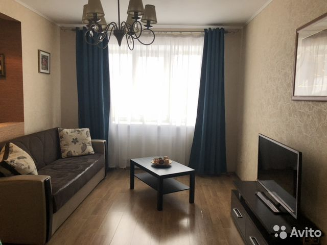 Продается двухкомнатная квартира за 3 500 000 рублей. Петрозаводск, Республика Карелия, улица Черняховского, 43, подъезд 1.