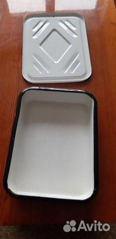 Baking tray enamelled