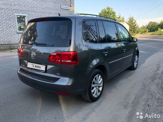 Volkswagen Touran, 2011 купить 3