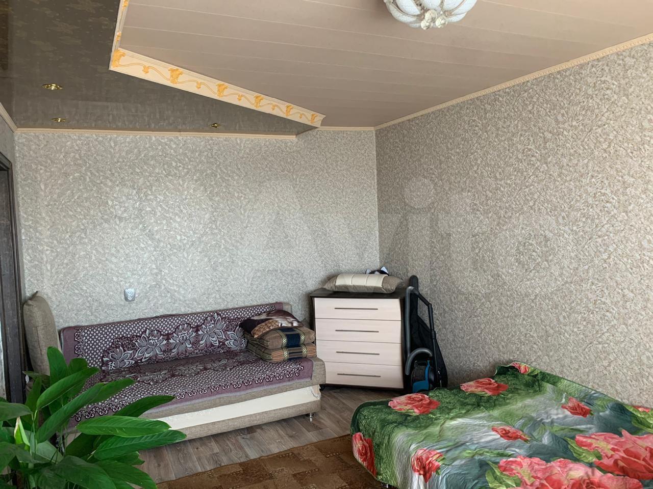 1-room apartment, 33 m2, 5/5 floor.  89145818189 buy 1