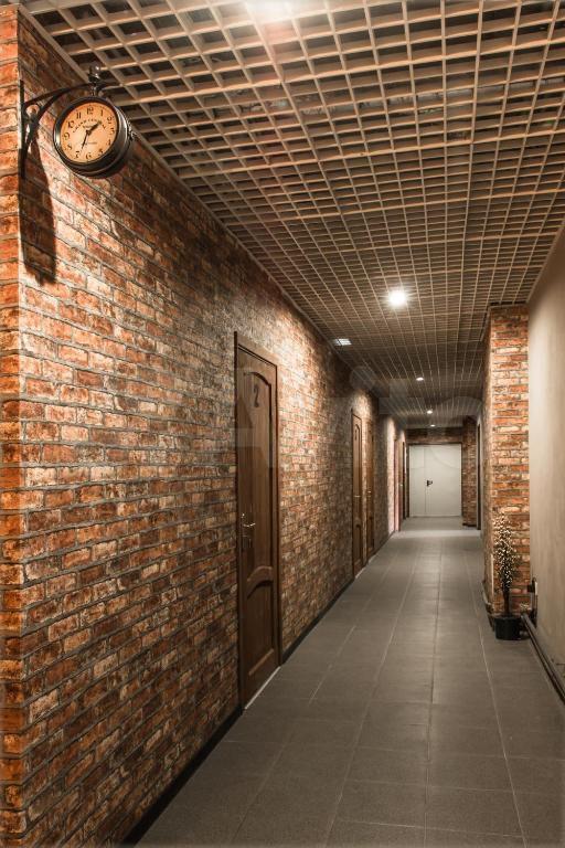 Комната 20 м² в 9-к, 2/5 эт.  89212281439 купить 2