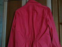 Малиново-розовая рубашка