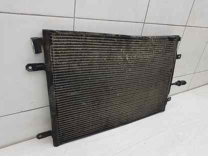 Радиатор кондиционера Audi A4 B7 BFB 2006