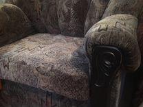 Кресла, тумбочка