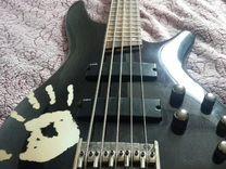 Бас гитара Ibanez SR 305