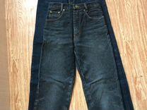 Двое джинс