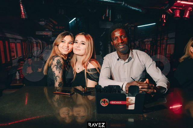 Казань ночные клубы вакансии измайлово ночной клуб адмирал